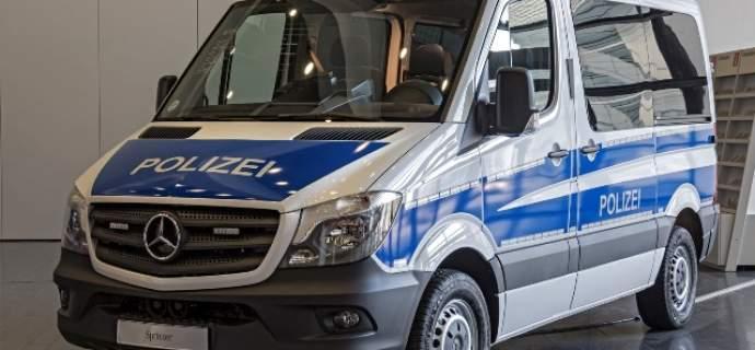 Freund und Transporthelfer: Rund 1.000 Sprinter für die Bereitschaftspolizei