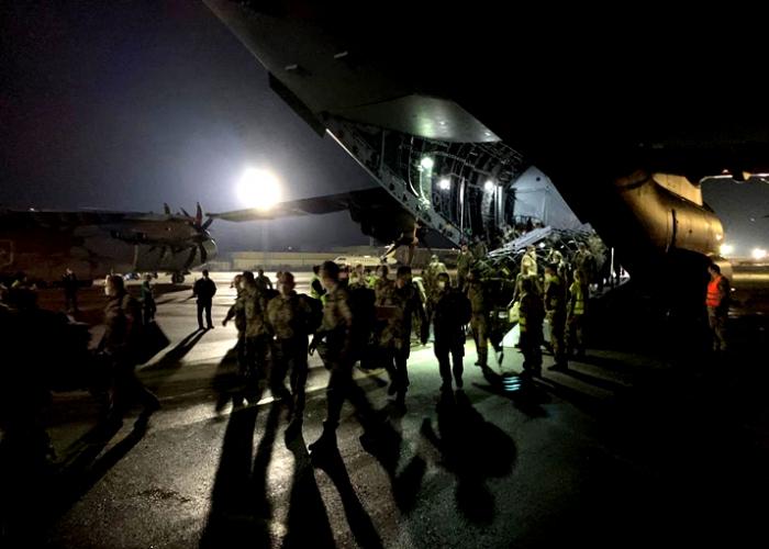 Abzug auf Afghanistan: Luftwaffe fliegt die ersten Einsatzrückkehrer aus Afghanistan über einen errichteten Lufttransportstützpunkt in Georgien aus