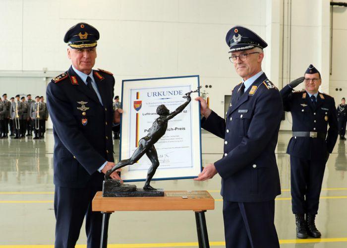 LTG 62 als bester Verband der Luftwaffe ausgezeichnet