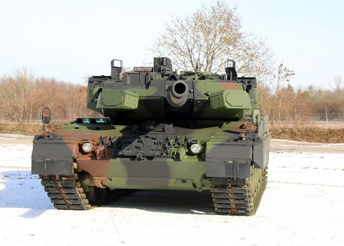 KMW mit der Einrüstung des Schutzsystems TROPHY für den deutschen LEOPARD 2 beauftragt