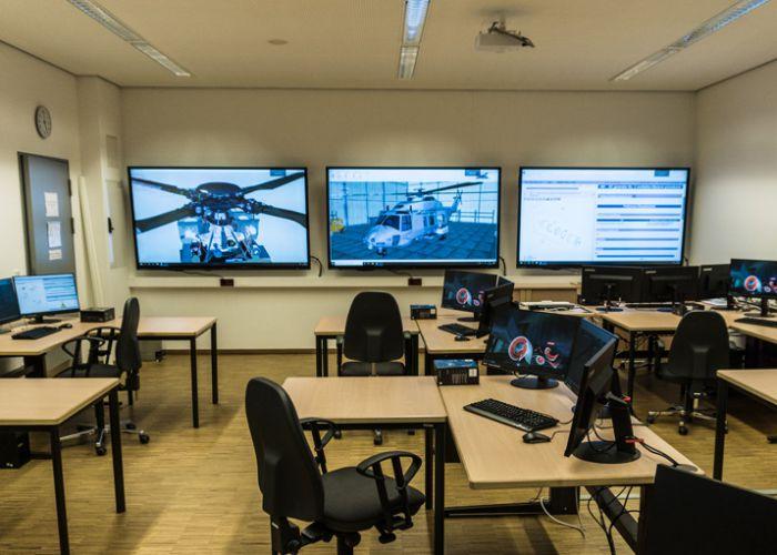 Mobile dezentrale Software für die Ausbildung für Wartungstechnik am Hubschrauber NH90